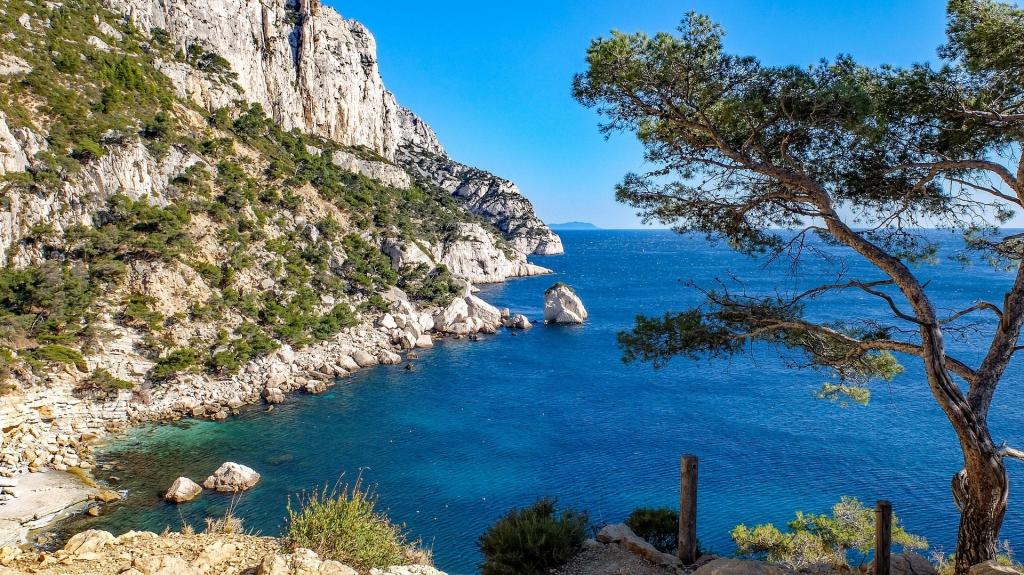 Les calanques font la fierté de Marseille. Photo Pixabay