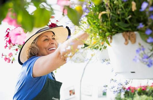 bienfait-jardinage-senior