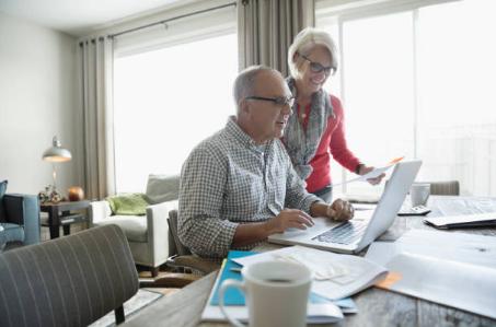 couple de retraités administratif